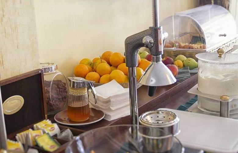 Dias Hotel - Restaurant - 1