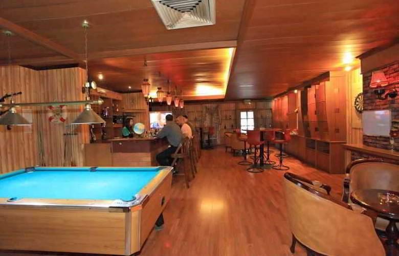 Goodway Hotel Batam - Bar - 20