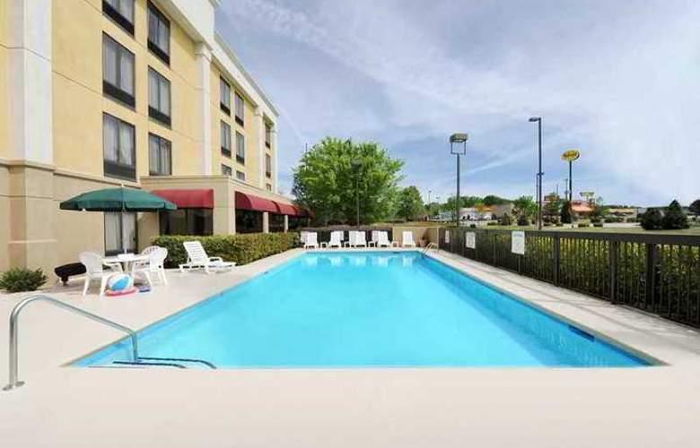 Hampton Inn Spartanburg-North I-85 - Hotel - 1