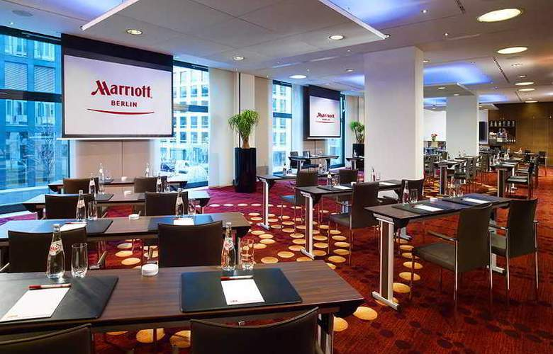 Marriott Berlin - Conference - 19