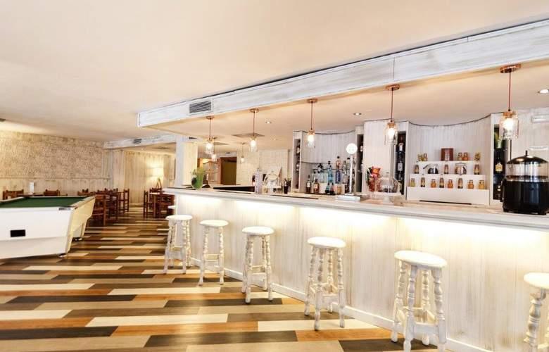 St. Gothard - Bar - 4