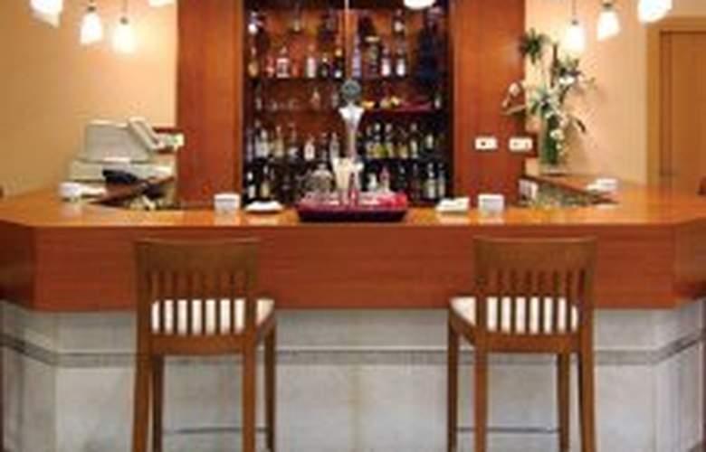 Avenida Hotel Almeria - Bar - 5