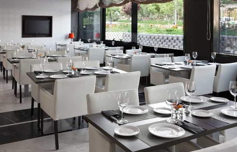 NH Madrid Ribera del Manzanares - Restaurant - 12
