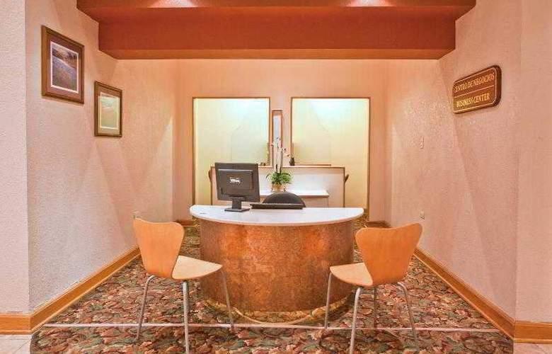 Holiday Inn Express Chihuahua - Sport - 24
