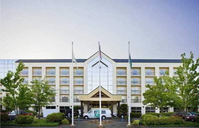 Embassy Suites Bellevue - Hotel - 0