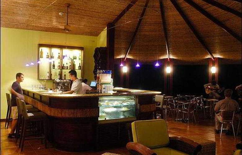 Tabacon Grand Spa Thermal Resort - Bar - 9