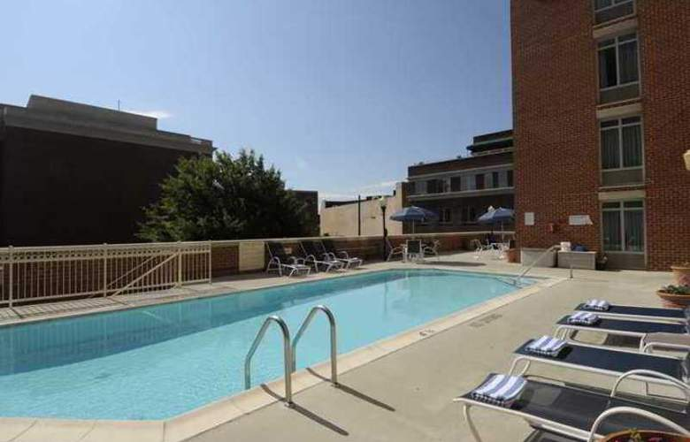 Hampton Inn Alexandria-Old Town/King St. Metro - Hotel - 1