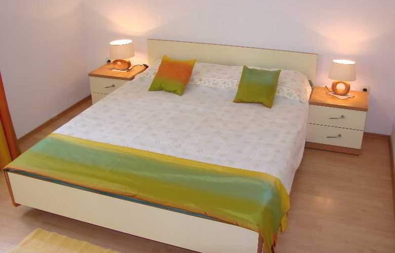 Marija - Room - 10