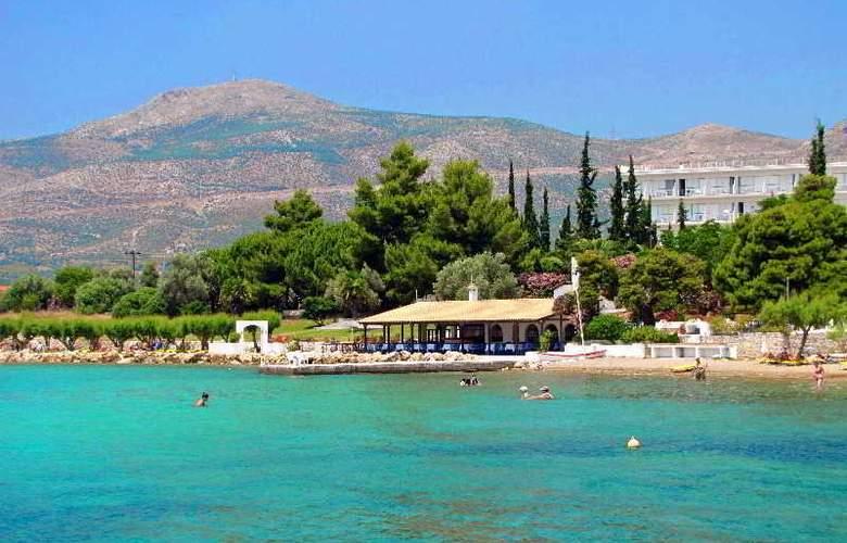 Holidays Inn Evia - Beach - 10