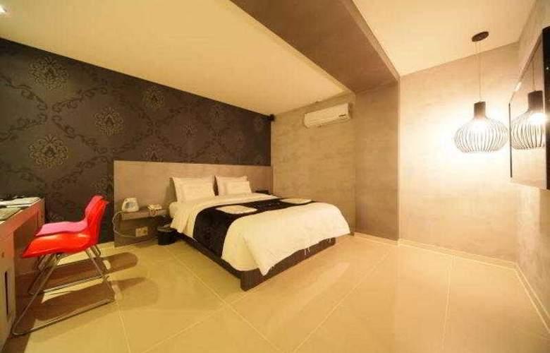 Viv - Room - 8