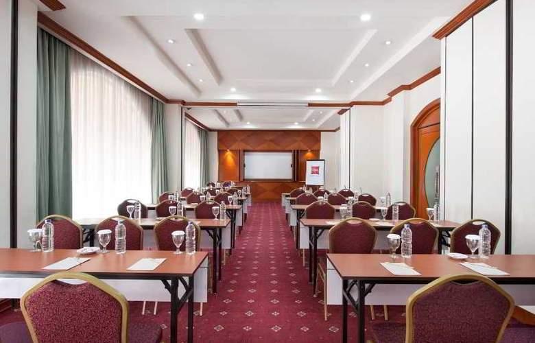 Ibis Rajawali - Conference - 22