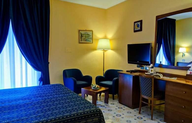 Best Western La Solara Sorrento - Room - 25