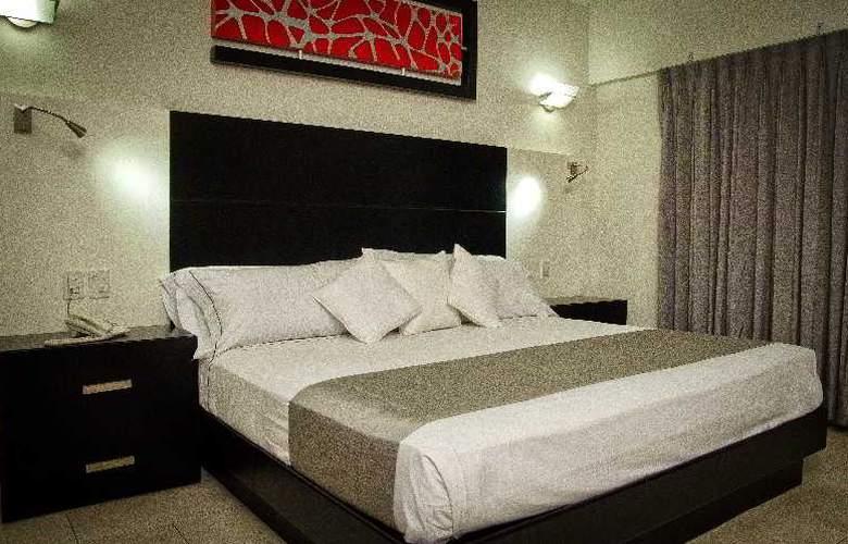 Portonovo Plaza Hotel Expo - Room - 11