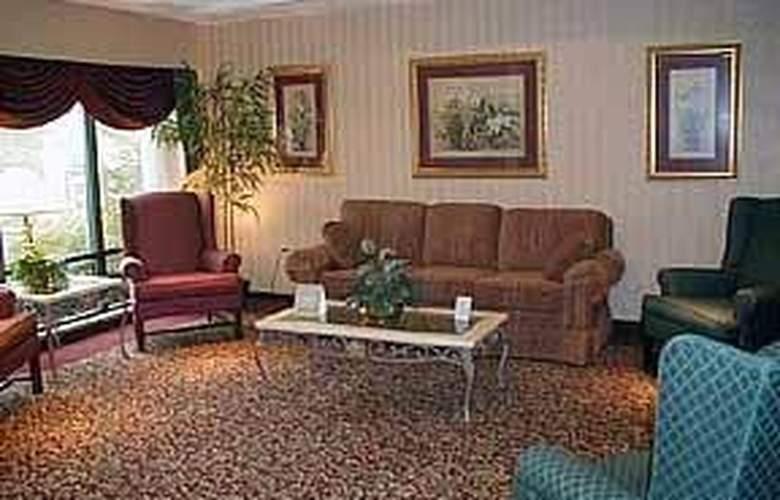 Comfort Inn & Suites - General - 1