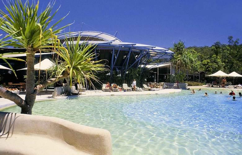 Mercure Kingfisher Bay Resort - Pool - 2