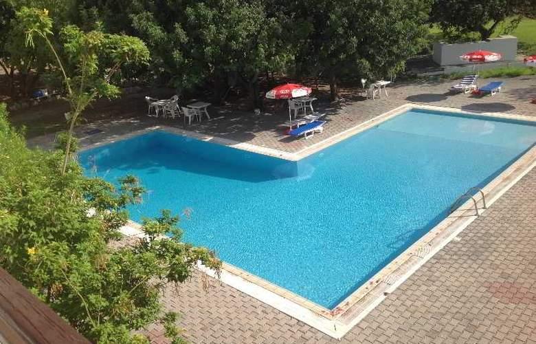 Club Guzelyali Hotel - Pool - 2