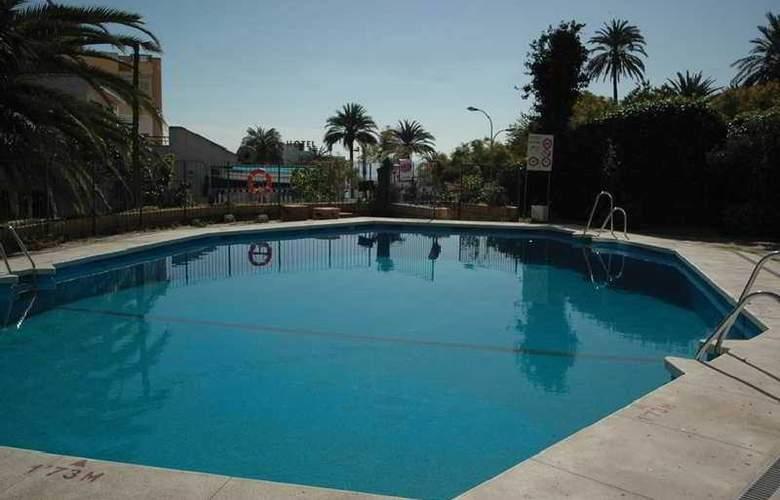 Doramar - Pool - 7