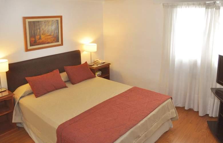 Gran Hotel Buenos Aires - Room - 6