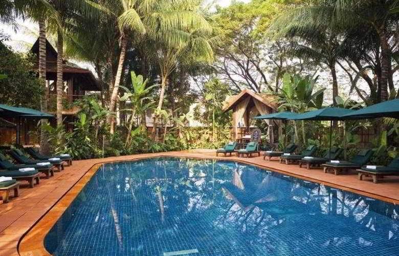 Angkor Village Hotel - Pool - 9