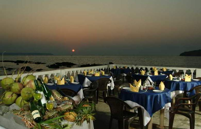 Bambolim Beach Resort - Restaurant - 14