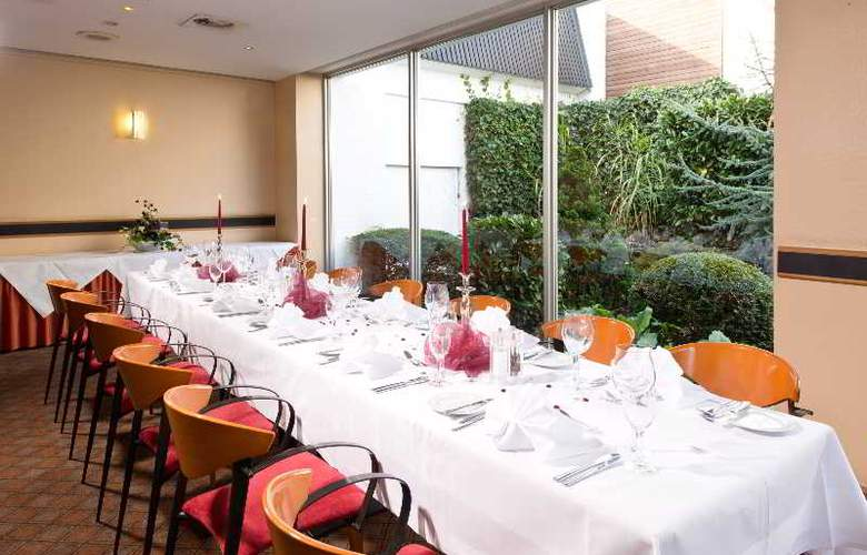 Holiday Inn Düsseldorf Airport-Ratingen - Restaurant - 7
