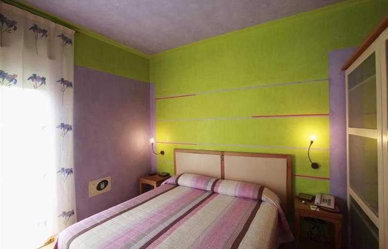 Best Western Firenze - Hotel - 38