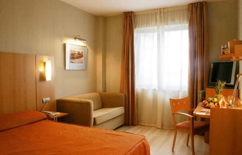 Posadas de España Malaga - Room - 3