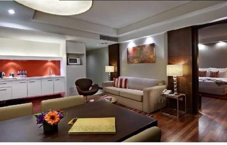 Seri Pacific Hotel Kuala Lumpur - Room - 11