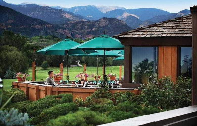 Cheyenne Mountain Resort - Terrace - 15