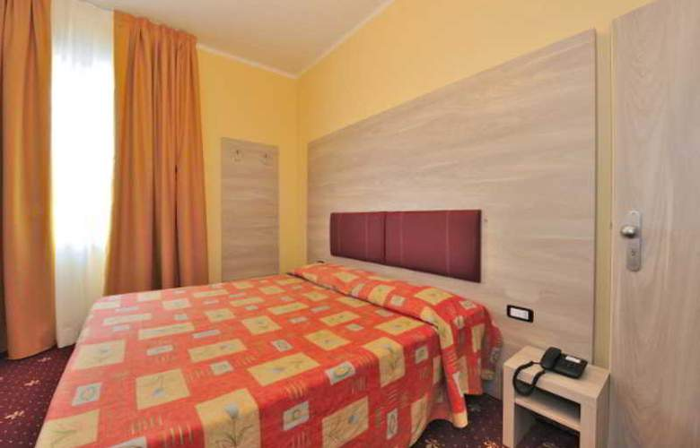 Touring Florence - Room - 1