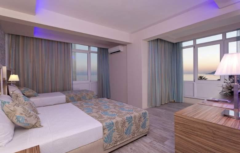Palmiye Beach Hotel - Room - 7