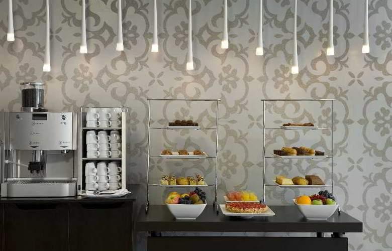 Holiday Inn Eindhoven - Restaurant - 19
