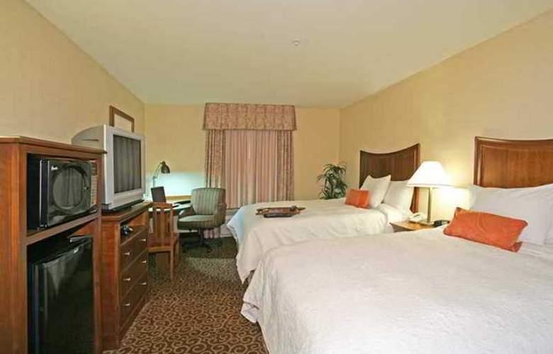 Hampton Inn & Suites Phoenix-Surprise - Hotel - 3