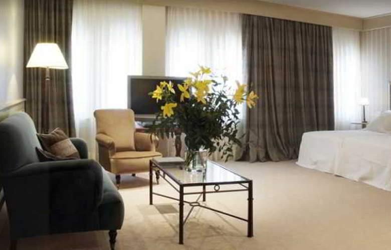 Gran Hotel La Perla - Hotel - 6
