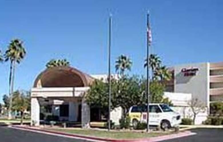 Quality Inn Phoenix Airport - Hotel - 1