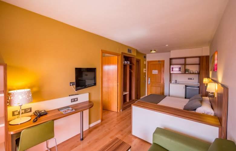 Golden Avenida Suites - Room - 1