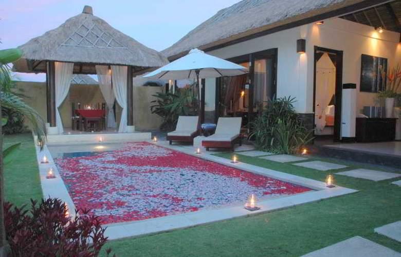 Bali Merita Villa - Pool - 6