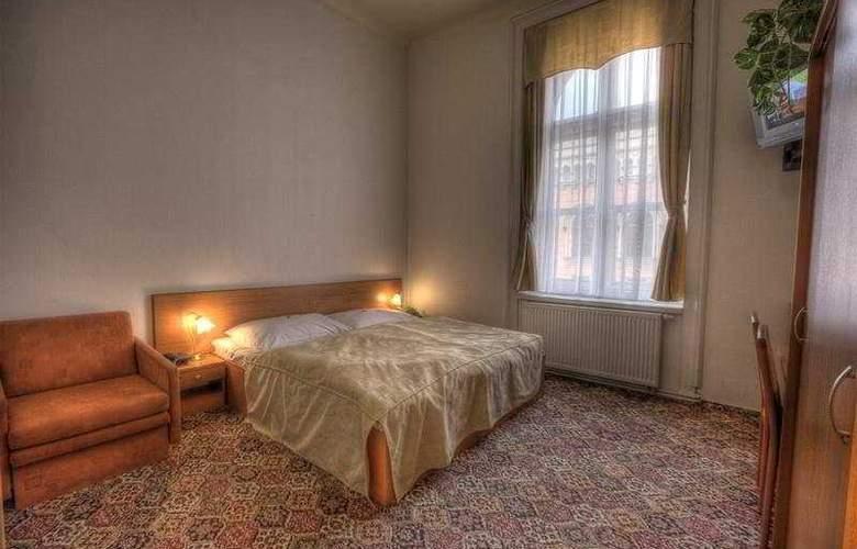City Inn - Room - 0