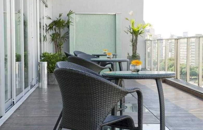 Eurobuilding Hotel Boutique Buenos Aires - Terrace - 5