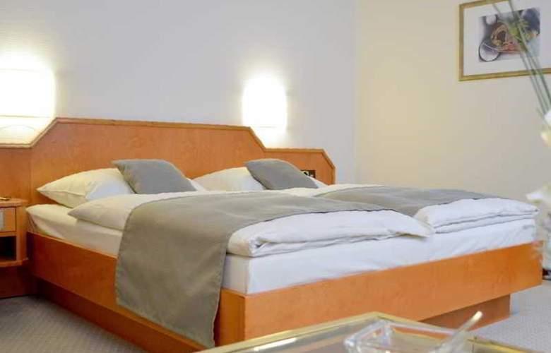 Centro Esplanade - Room - 8