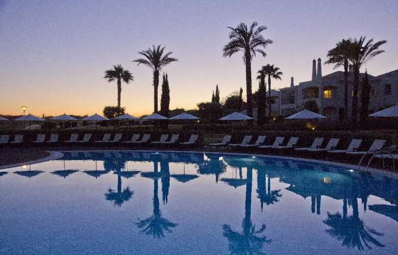 Vale d'Oliveiras Quinta Resort SPA - Pool - 19