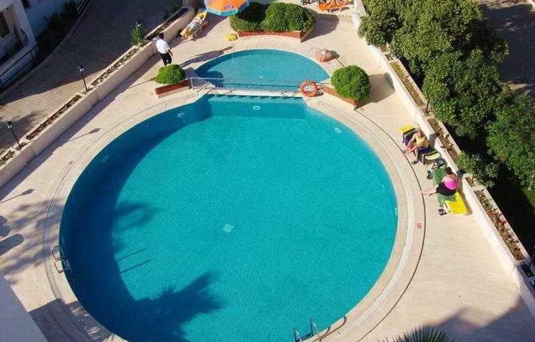 Efes Inn - Pool - 6