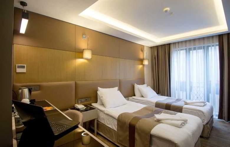 GK Regency Suites - Room - 3