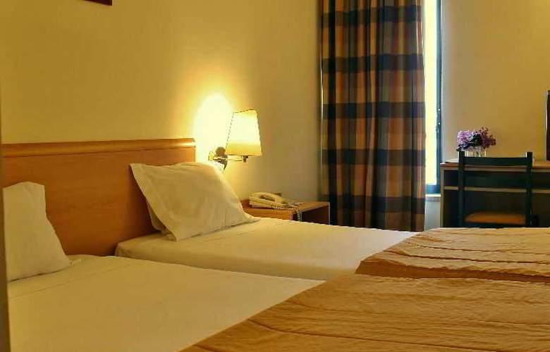 Comfort Inn Fafe - Guimaraes - Room - 2