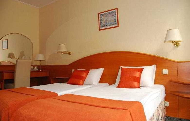 Orion Varkert - Hotel - 9