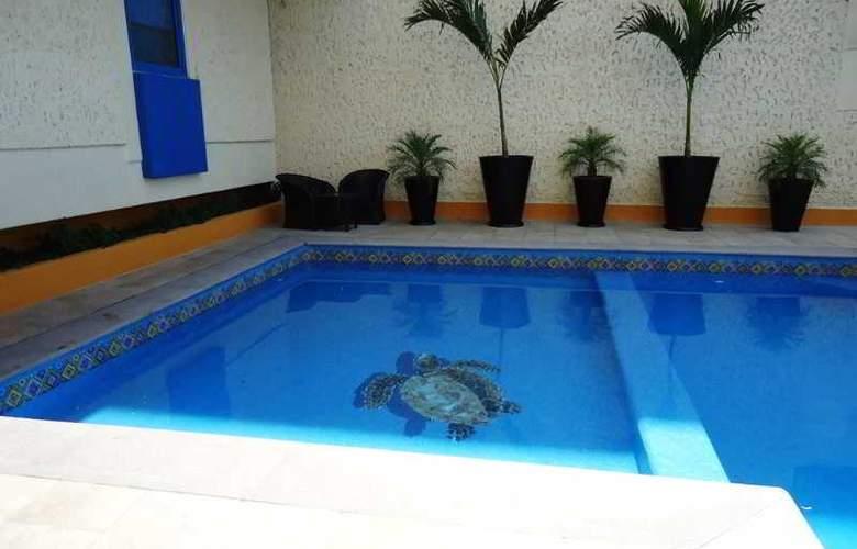 Aranzazú Centro Histórico - Pool - 15