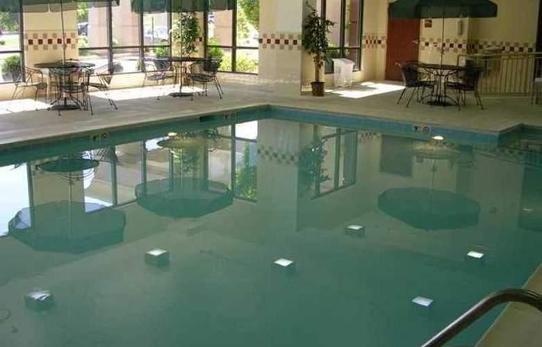 Hampton Inn Waynesboro/Stuarts Draft - Hotel - 9