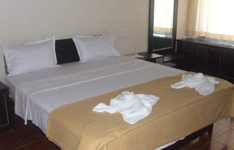 Pleasure Beach Resort - Room - 2