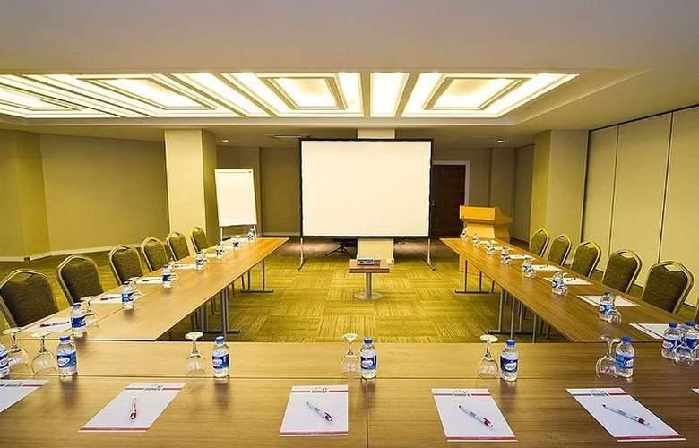 Innpera Hotel - Conference - 2