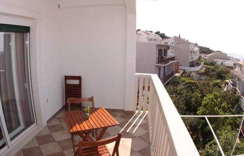 Bubalo Apartmani - Terrace - 5